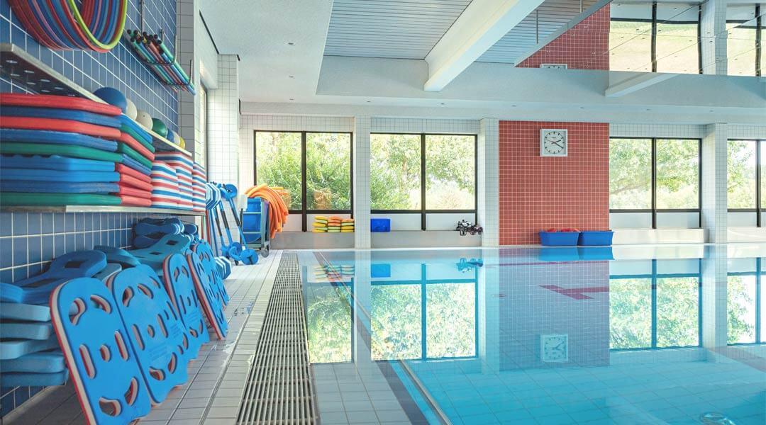Schwimmzubehör im Bewegungsbad der Caspar Heinrich Klinik